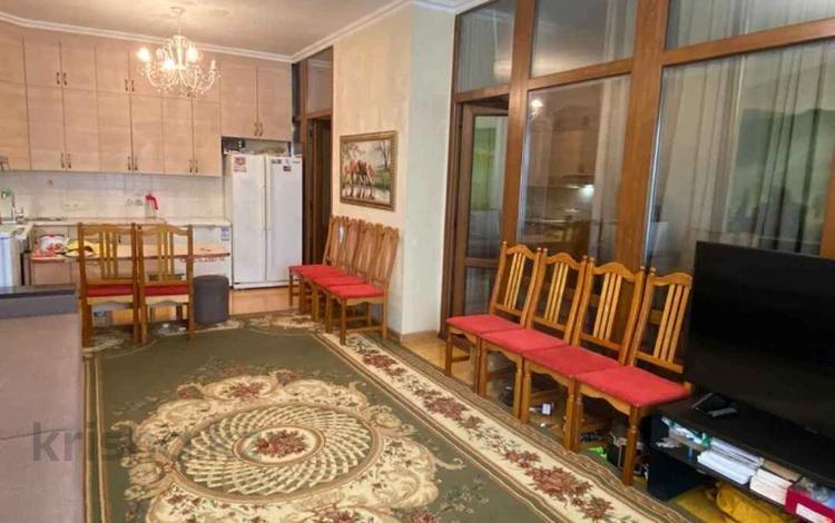 3-комнатная квартира, 65 м², 1/18 этаж, Брусиловского за 26.5 млн 〒 в Алматы, Алмалинский р-н