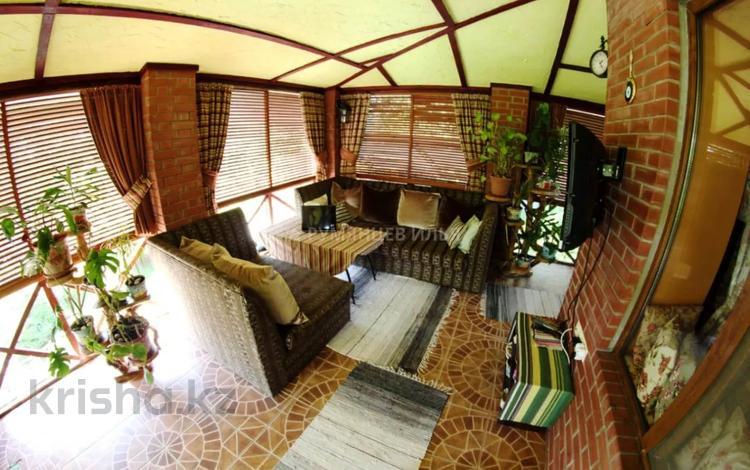6-комнатный дом, 208.8 м², 16 сот., мкр Альмерек за 116 млн 〒 в Алматы, Турксибский р-н