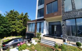 5-комнатный дом, 220 м², 5 сот., Ахалсопели за 55.9 млн 〒 в Батуми