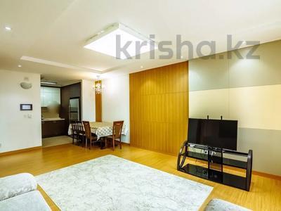 2-комнатная квартира, 80 м², 9/25 этаж посуточно, Кошкарбаева 2 — Байтурсынова за 15 000 〒 в Нур-Султане (Астана), Есиль р-н — фото 8