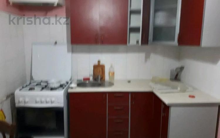 4-комнатная квартира, 78 м², 2/5 этаж, 6 микрорайон 29 за 12 млн 〒 в Таразе