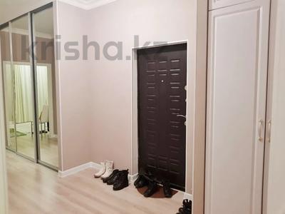 2-комнатная квартира, 70 м², 4 этаж помесячно, Бараева 13 за 120 000 〒 в Нур-Султане (Астана), р-н Байконур — фото 13