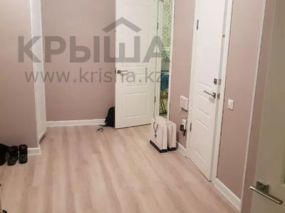 2-комнатная квартира, 70 м², 4 этаж помесячно, Бараева 13 за 120 000 〒 в Нур-Султане (Астана), р-н Байконур — фото 8