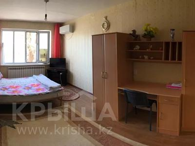 1-комнатная квартира, 58 м², 1/5 этаж посуточно, 1мкр 28 за 7 000 〒 в Кульсары