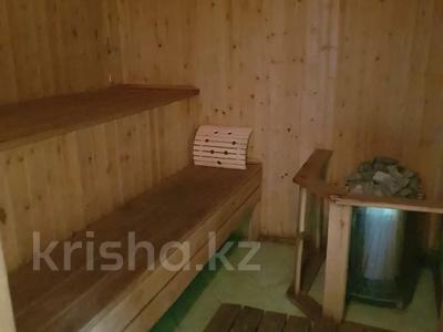 4-комнатный дом помесячно, 160 м², 50 сот., Иванова за 250 000 〒 в Балхаше — фото 13