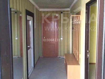4-комнатный дом помесячно, 160 м², 50 сот., Иванова за 250 000 〒 в Балхаше — фото 29