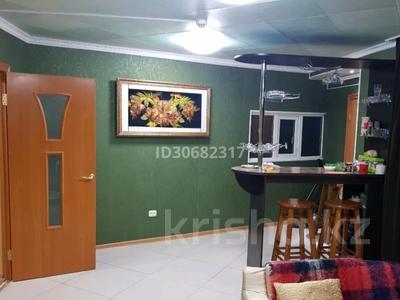 4-комнатный дом помесячно, 160 м², 50 сот., Иванова за 250 000 〒 в Балхаше — фото 40