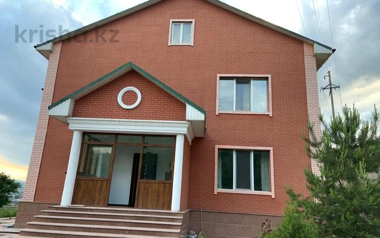 6-комнатный дом, 380 м², 12 сот., мкр Ремизовка, Курортная 329 за 93 млн 〒 в Алматы, Бостандыкский р-н