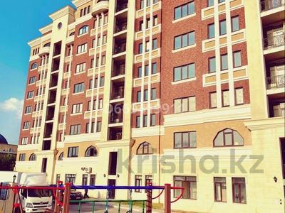 2-комнатная квартира, 92.6 м², 2/9 этаж, мкр Центральный 125б за 31.5 млн 〒 в Атырау, мкр Центральный