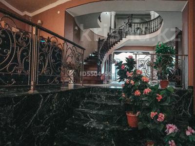 5-комнатный дом посуточно, 700 м², 35 сот., 11-й микрорайон, Бекет батыра 103 за 200 000 〒 в Шымкенте, Енбекшинский р-н — фото 5