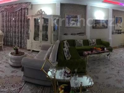 5-комнатный дом посуточно, 700 м², 35 сот., 11-й микрорайон, Бекет батыра 103 за 200 000 〒 в Шымкенте, Енбекшинский р-н — фото 2