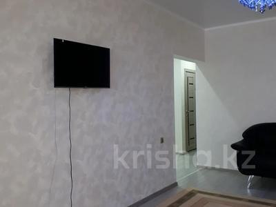 2-комнатная квартира, 48 м², 4/5 этаж помесячно, улица Айтеке би 1 — Абая за 110 000 〒 в Таразе — фото 10