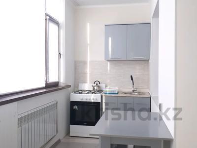 2-комнатная квартира, 48 м², 4/5 этаж помесячно, улица Айтеке би 1 — Абая за 110 000 〒 в Таразе — фото 11