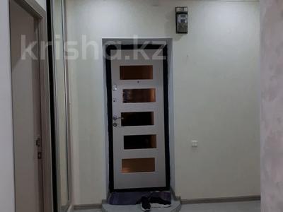 2-комнатная квартира, 48 м², 4/5 этаж помесячно, улица Айтеке би 1 — Абая за 110 000 〒 в Таразе — фото 5