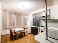 2-комнатная квартира, 70 м², 3/6 этаж посуточно