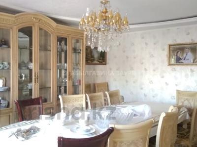 7-комнатный дом, 350 м², 9 сот., Мкр Кунгей за 47 млн 〒 в Караганде, Казыбек би р-н — фото 5