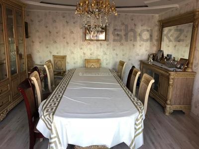 7-комнатный дом, 350 м², 9 сот., Мкр Кунгей за 47 млн 〒 в Караганде, Казыбек би р-н — фото 4