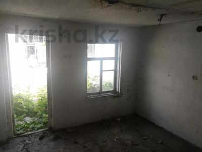 5-комнатный дом, 100 м², 6 сот., Панфилова 34 за 35 млн 〒 в Караганде, Казыбек би р-н