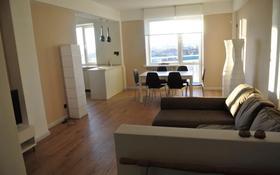 3-комнатная квартира, 80 м², 7/9 этаж помесячно, Студенческий проспект 190Б за 300 000 〒 в Атырау