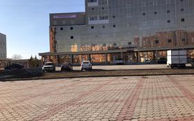 Помещение площадью 2700 м², проспект Республики 42 — проспект Шахтеров за 3 500 〒 в Караганде, Казыбек би р-н