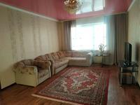 2-комнатная квартира, 78 м², 14/16 этаж, Республики 40 за 25.7 млн 〒 в Караганде, Казыбек би р-н