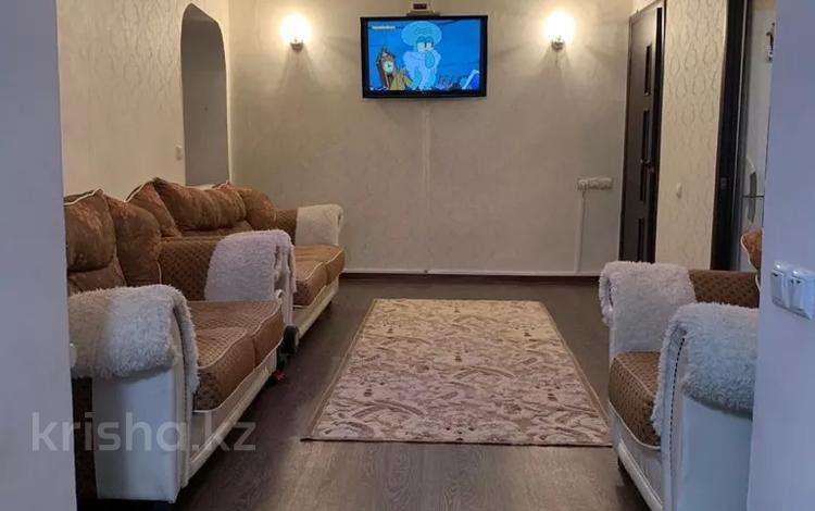 2-комнатная квартира, 42.7 м², 1/5 этаж, мкр Альмерек, Бекмаханова 79 — Суюнбая за 13.5 млн 〒 в Алматы, Турксибский р-н