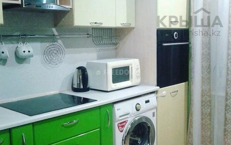 1-комнатная квартира, 36 м², 2/10 этаж по часам, Жаяу Мусы 1 — Назарбаева за 1 000 〒 в Павлодаре