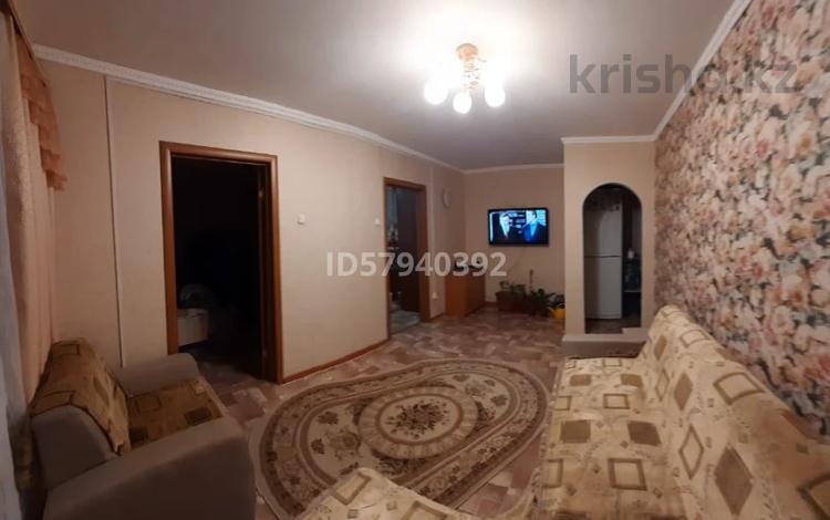 3-комнатная квартира, 48 м², 4/5 этаж, Шмидта Айталиева — Гагарина за 11 млн 〒 в Уральске