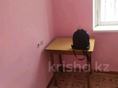 1-комнатная квартира, 36 м², 2/5 этаж, Черёмушки 42 за 9 млн 〒 в Боралдае (Бурундай)