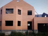 6-комнатный дом, 250 м², 10 сот.