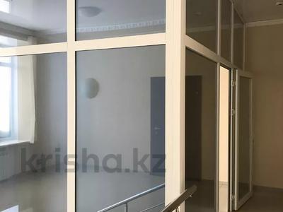 Офис площадью 650 м², Кобыланды батыра 29 за 150 млн 〒 в Костанае — фото 9