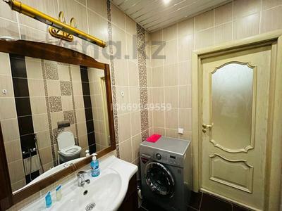2-комнатная квартира, 80 м², 8 этаж посуточно, Сауран за 13 000 〒 в Нур-Султане (Астане)