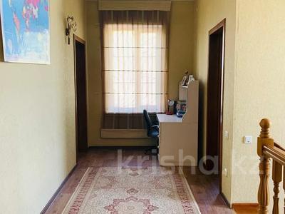 5-комнатный дом, 303 м², 10 сот., Академгородок 00 — Байдибекби за 60 млн 〒 в Шымкенте — фото 9
