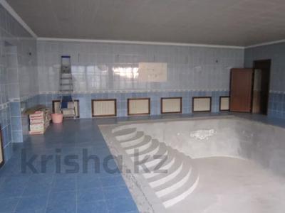 7-комнатный дом, 535.1 м², 0.2247 сот., 3-й переулок барбюса 6 за ~ 57.6 млн 〒 в Таразе — фото 10