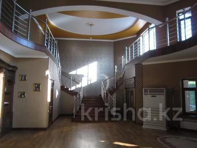 7-комнатный дом, 535.1 м², 0.2247 сот., 3-й переулок барбюса 6 за ~ 57.6 млн 〒 в Таразе — фото 3