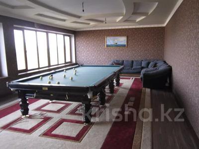 7-комнатный дом, 535.1 м², 0.2247 сот., 3-й переулок барбюса 6 за ~ 57.6 млн 〒 в Таразе — фото 8