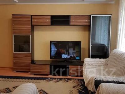 2-комнатная квартира, 60 м², 3 этаж по часам, Машхур жусупа 55 за 1 000 〒 в Экибастузе — фото 7
