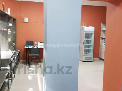 Магазин площадью 74 м², проспект Шакарима 171 за 15 млн 〒 в Усть-Каменогорске — фото 6