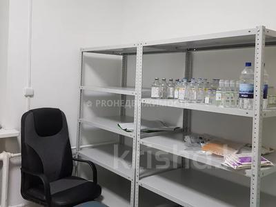 Магазин площадью 74 м², проспект Шакарима 171 за 15 млн 〒 в Усть-Каменогорске — фото 13