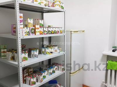 Магазин площадью 74 м², проспект Шакарима 171 за 15 млн 〒 в Усть-Каменогорске — фото 11