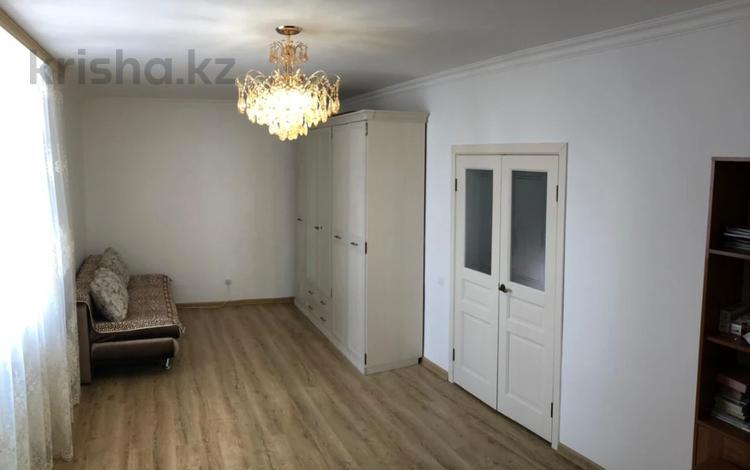 1-комнатная квартира, 43 м², 16/18 этаж, проспект Мангилик Ел 53 за ~ 18.8 млн 〒 в Нур-Султане (Астана), Есиль р-н
