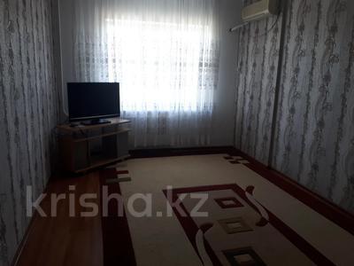 3-комнатная квартира, 90 м², 3/5 этаж помесячно, Сатпаева 21а за 150 000 〒 в Атырау — фото 7
