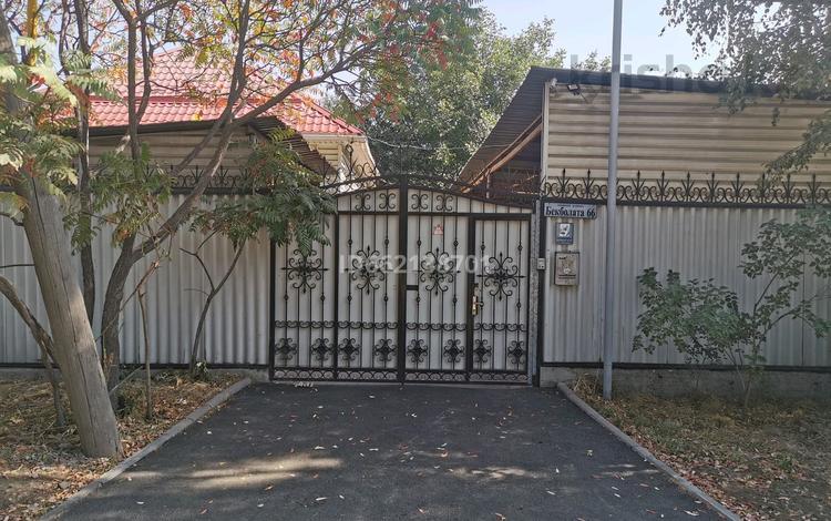 4-комнатный дом, 108 м², 11 сот., мкр Ожет, Бекболата 66 за 35 млн 〒 в Алматы, Алатауский р-н