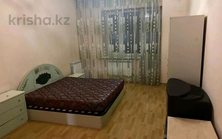 2-комнатная квартира, 60 м², 3/5 этаж помесячно, Мынырал 3 за 90 000 〒 в Нур-Султане (Астана), Сарыарка р-н