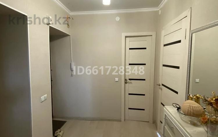 2-комнатная квартира, 54 м², 2/4 этаж, Есенберлина 9 за 27 млн 〒 в Шымкенте, Аль-Фарабийский р-н
