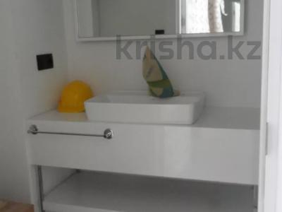 3-комнатная квартира, 62 м², 15/45 этаж, Химшиашвили 7 за ~ 32.1 млн 〒 в Батуми — фото 30