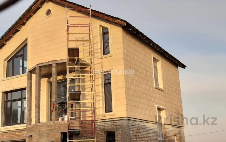 6-комнатный дом, 210 м², 6 сот., Улы Тау 34 за 27 млн 〒 в Талдыбулаке