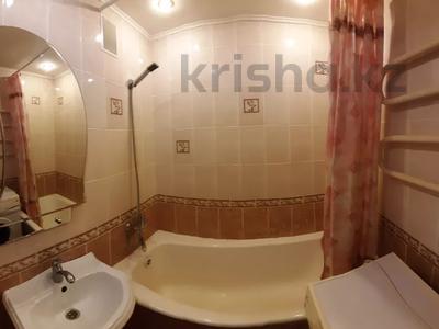 1-комнатная квартира, 35 м², 6/9 этаж посуточно, Камзина 74 за 4 000 〒 в Павлодаре — фото 5