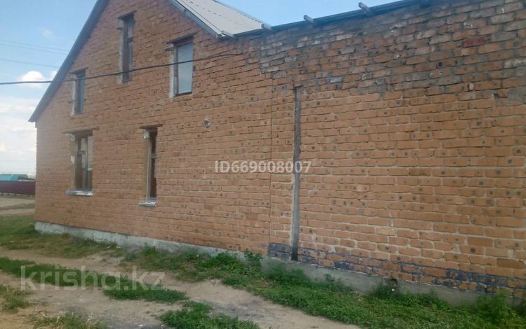 5-комнатный дом, 130 м², 15 сот., улица Ертостик 13 — Койшыбаева за 15 млн 〒 в Усть-Каменогорске
