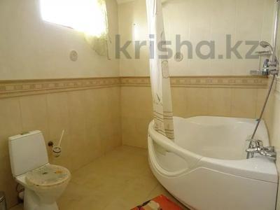 3-комнатная квартира, 112 м², 3/4 этаж, Триумфальная 10/2 за 8 млн 〒 в Сочи — фото 9